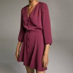 Aritzia Dresses - Babaton Aritizia Sz Small Dress V-Neck NEW